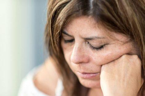 Menopausia precoz o premenopausia: qué es, cuándo aparece, síntomas y consejos