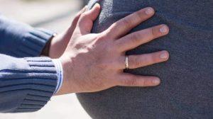 Las primeras patadas del bebé durante el embarazo
