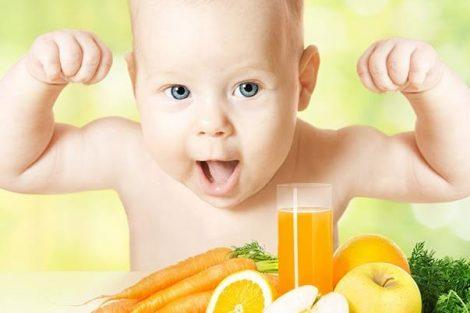 Los primeros zumos del bebé ¿cuándo comenzar?