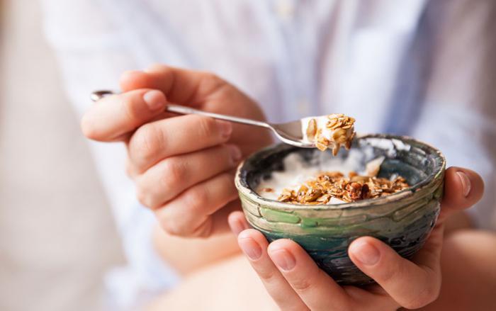 Como comer granola