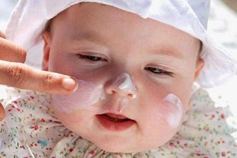 Cómo proteger la piel del bebé del sol