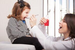 Apirofeno: Qué es, para qué sirve y dosis correcta para tu hijo