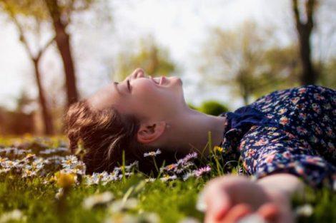 Qué es la felicidad: 7 citas que lo resumen muy bien