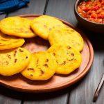 Cómo hacer arepas venezolanas y su relleno: 3 recetas deliciosas