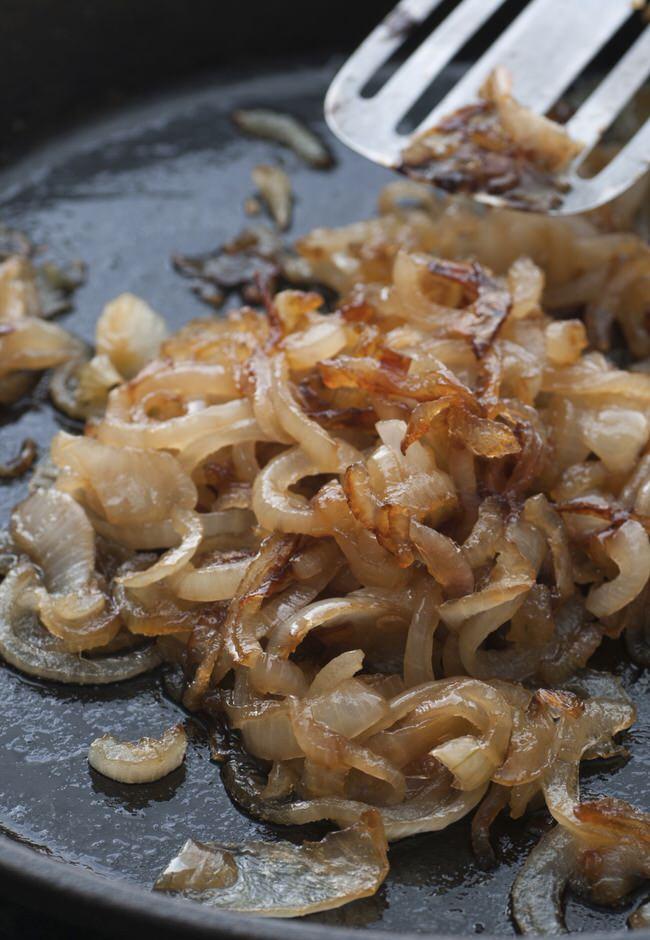 Cómo hacer cebolla caramelizada saludable