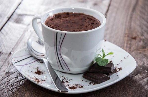 Receta de chocolate para degustar el Roscón de Reyes