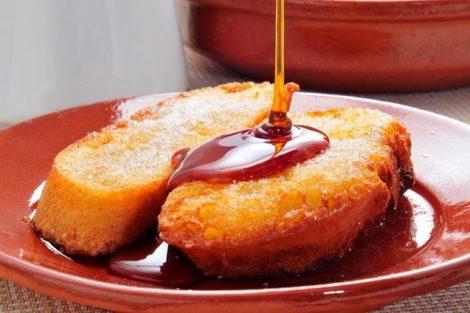 Torrijas: receta tradicional con leche, azúcar y canela