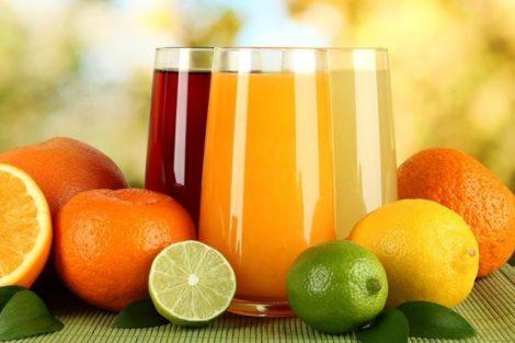 Jugo depurativo de naranja, lima y limón: receta y beneficios