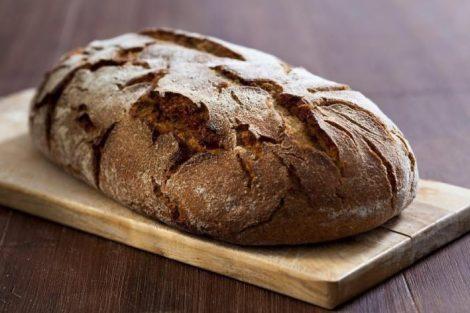 Cómo hacer pan de centeno: 2 recetas fáciles de hacer en casa