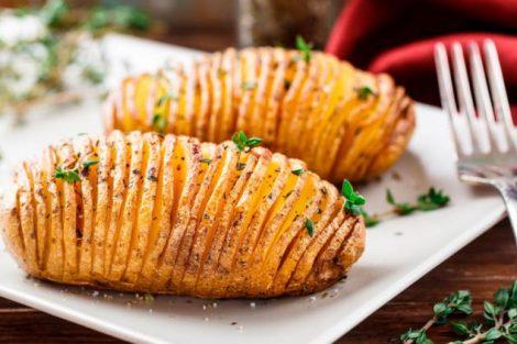 Receta de patatas al horno, estilo Hasselback (papas acordeón)