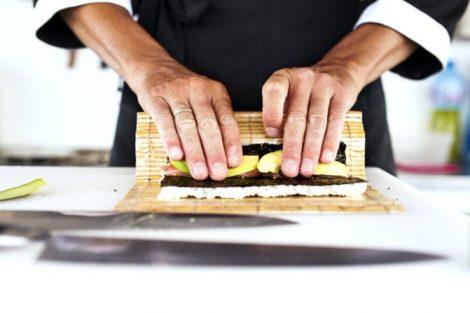 Receta de sushi para hacer en casa: makis y nigiris