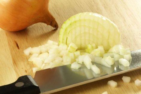 Cebolla para aliviar la tos por la noche