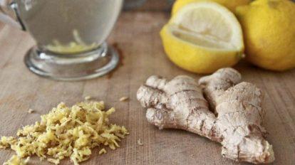 Cómo hacer un remedio de jengibre con jugo de limón