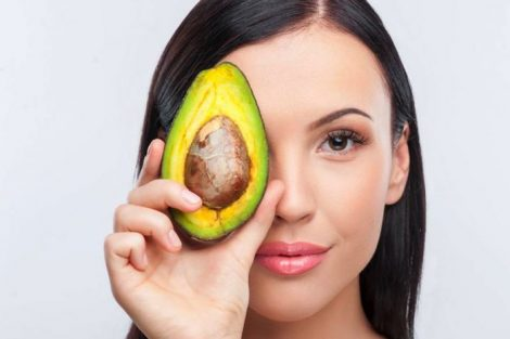 Remedios naturales y caseros curiosos para tratar tu cabello
