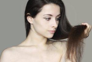 ¿Tienes el cabello seco? Descubre 3 remedios naturales