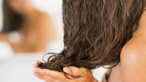 Remedios útiles contra la caspa