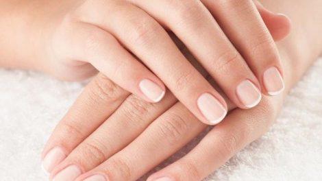 Cómo fortalecer y blanquear las uñas naturalmente
