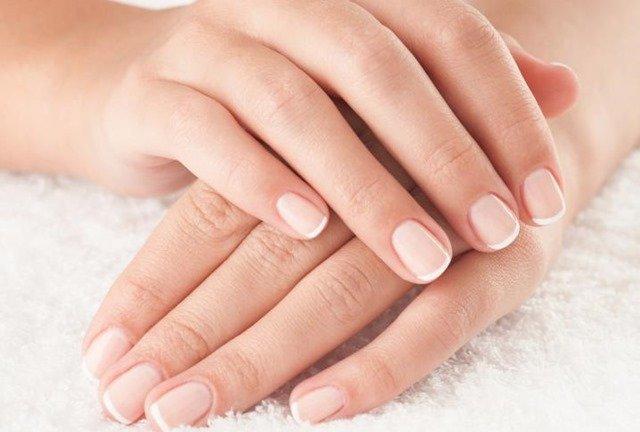 Remedios para blanquear las uñas con áloe vera