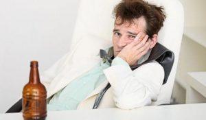 Qué es la resaca, por qué aparece y qué síntomas produce