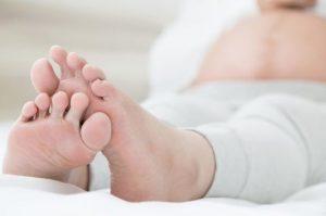 Retención de líquidos: causas, alimentos a evitar y remedios