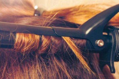 Por qué la plancha de pelo no es tan buena para el cabello como piensas
