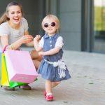 Vestir a los niños como adultos y el riesgo de hipersexualización infantil