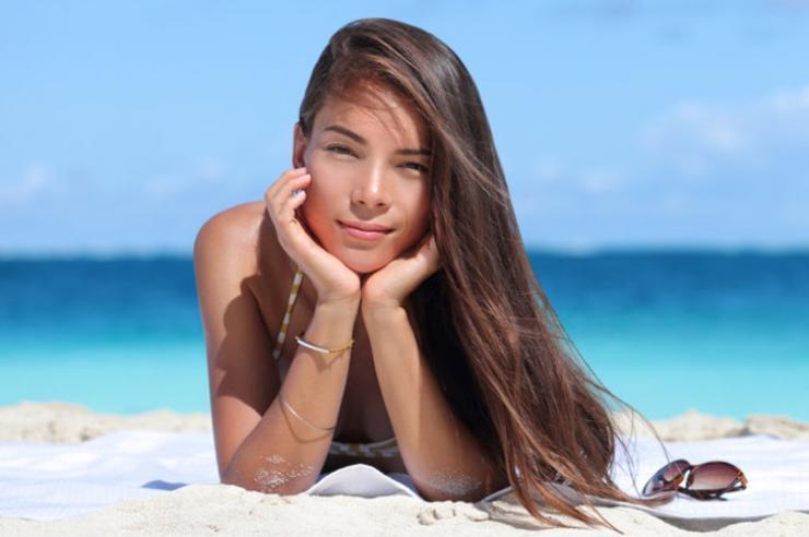 Elementos que afectan al pelo en verano