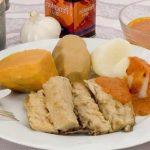 Sancocho canario de cherne. Receta de Canarias (sancocho, mojo y pella de gofio)