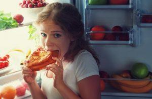 El síndrome del comedor nocturno: cuando te despiertas para comer todas las noches