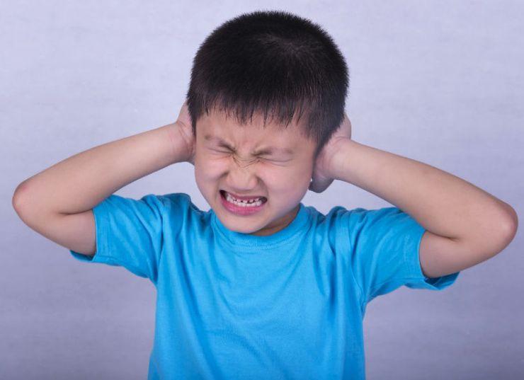 Causas de la otitis infantil