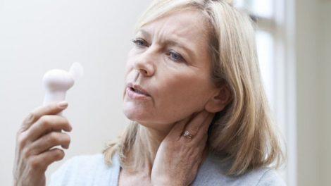 Sofocos femeninos y menopausia