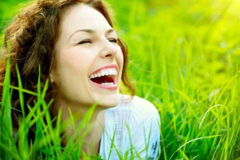 El gesto de una sonrisa: los beneficios de sonreír y de la risa