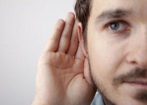 La sordera o pérdida de audición, ¿Cuáles son sus causas?
