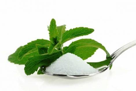 Por qué sustituir el azúcar blanco por stevia