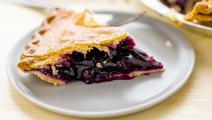 Receta de tarta de arandanos con frutillas