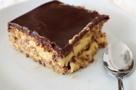 Tarta de la abuela: deliciosa tarta con chocolate, natilla y galletas María