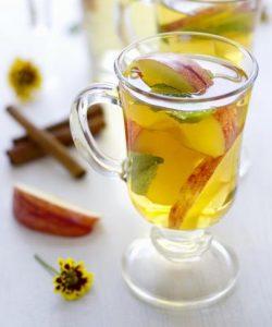 Té verde de manzana y canela: receta y beneficios