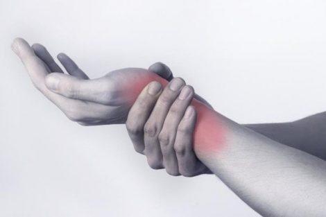 Tenosinovitis: inflamación de la vaina de los tendones. Sintomas, causas y tratamiento