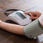 Por qué es importante controlarse la presión arterial en casa