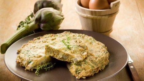 Cómo hacer una tortilla de alcachofas