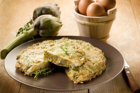 Receta de tortilla de alcachofas paso a paso, fácil de hacer