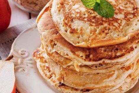Cómo hacer tortitas de avena, ideales para un desayuno nutritivo