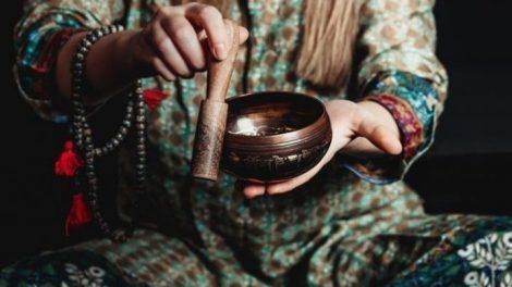 Cómo utilizar el cuenco tibetano