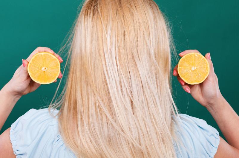 Vitamina C para el cabello sano