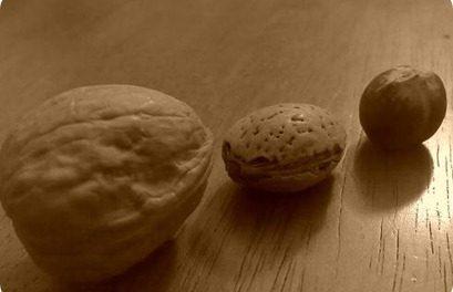 Las nueces o almendras ayudan a prevenir el cáncer de mama