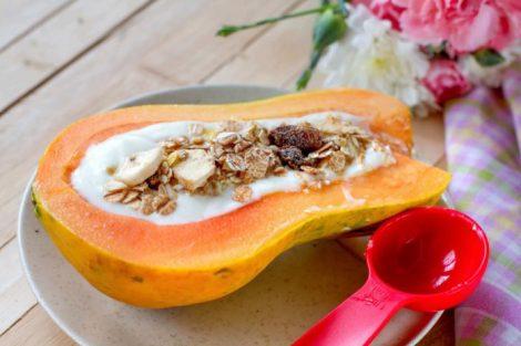 Yogur con papaya: beneficios y cómo hacer este postre delicioso