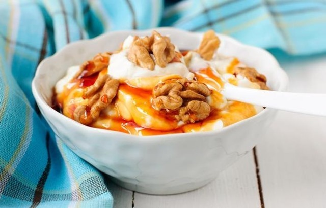 yogur-nueces-y-miel
