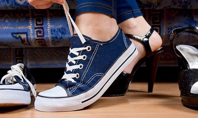 Zapatos muy ajustados