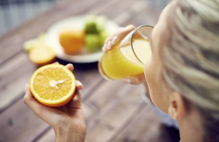 El consumo de zumo de naranjas en ayunas