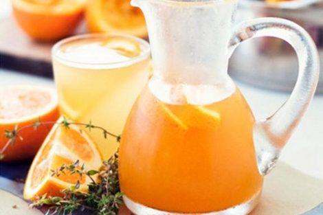 Por qué tomar zumo de naranja a diario
